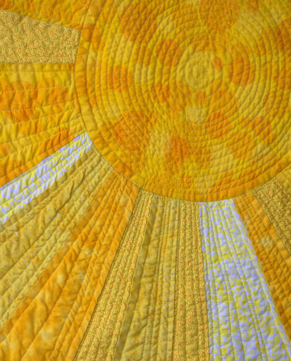 Yellow sun with beams