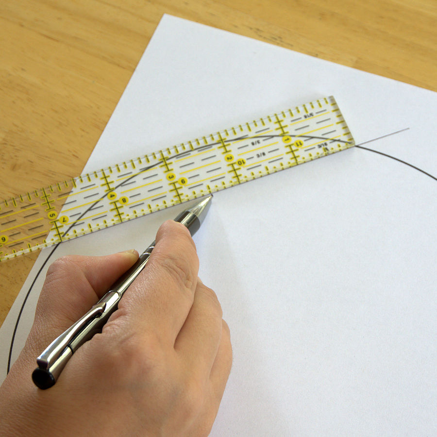 Finding midpoint of chord with quilting ruler