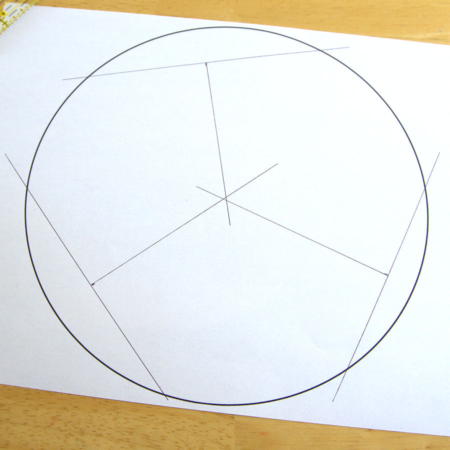 Center of circle with chords and ruler