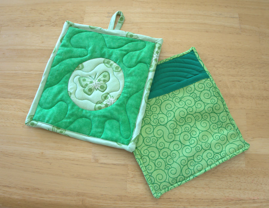 Finished green potholders