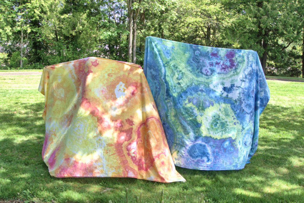 Geode dyed sheet sets