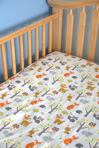 Wild animal nursery crib sheet
