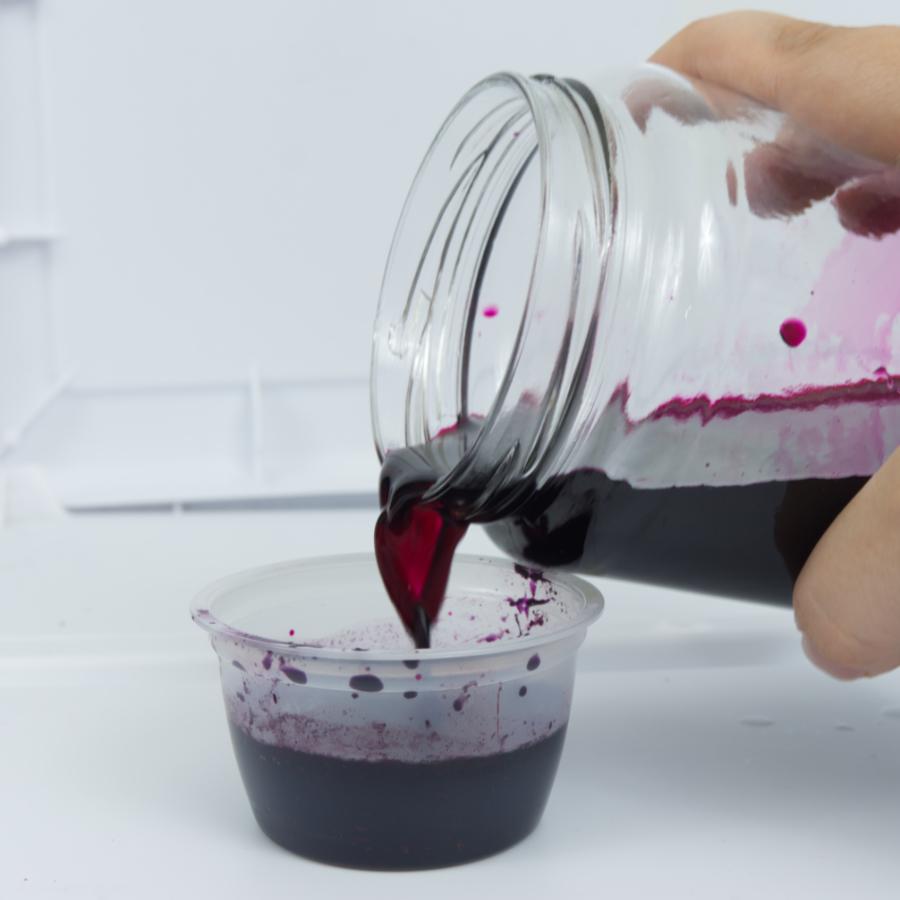 Pouring dye